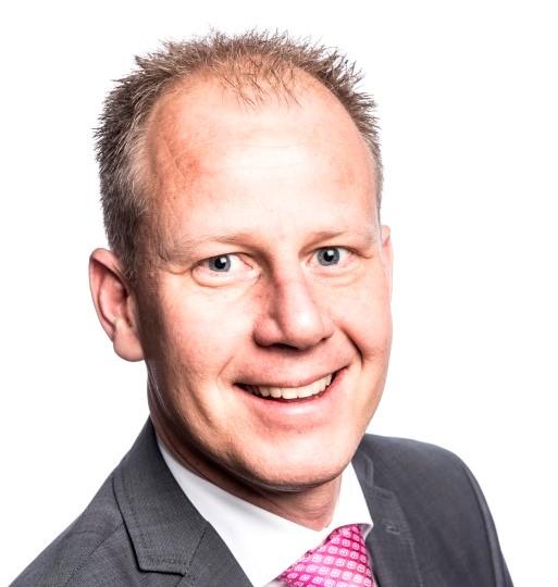 Martin Tingen (Medium)
